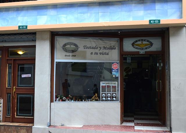 Cafe Aquila de Oro in Quito
