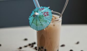 How to Make Iced Bubble Coffee